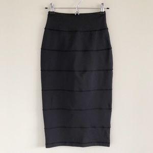 🆕 Lululemon Yoga Over Midi Skirt in Black Size 4